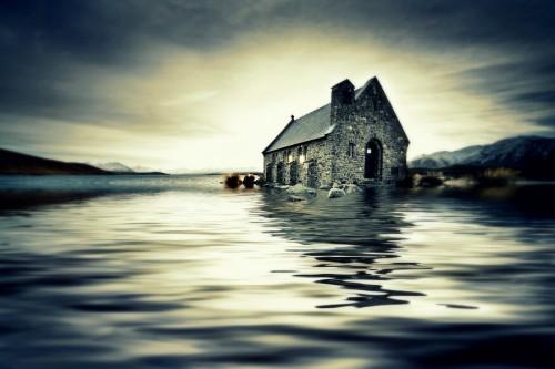 bigstock-Small-church-in-New-Zealand-en-18498185_0
