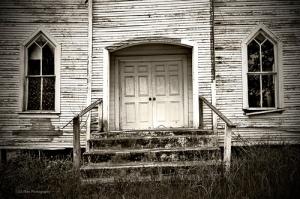 dilapidated-church