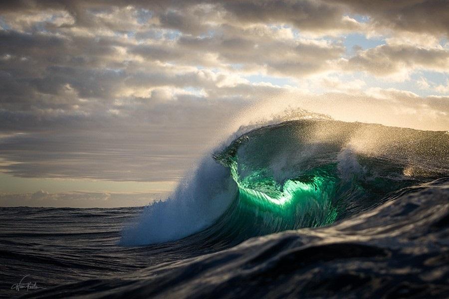 wave43