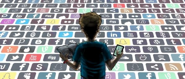 Issue4-SocialMediaAttentionSpan-2500px