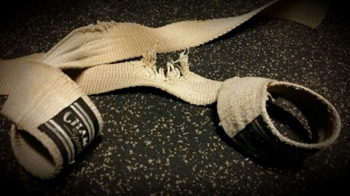 straps2